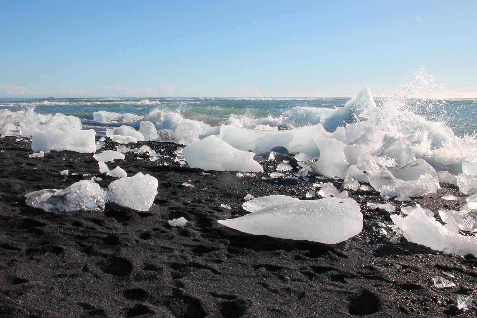 aschestrand-island-gletscherlagune-entdeckerreisen
